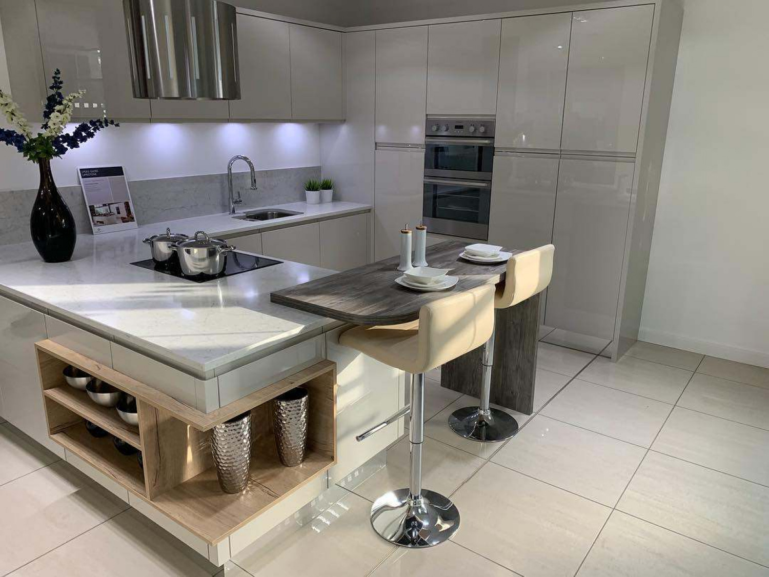 G Shaped Kitchen Peninsula