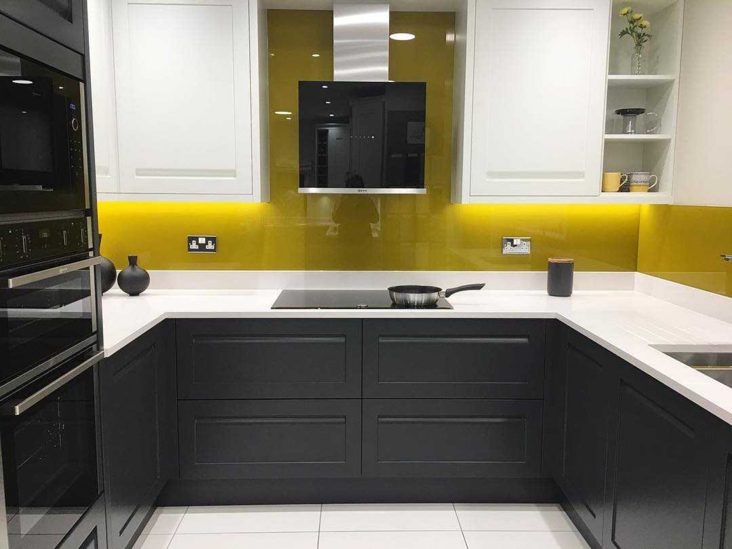 Kitchen Tiles Coloured Splashback
