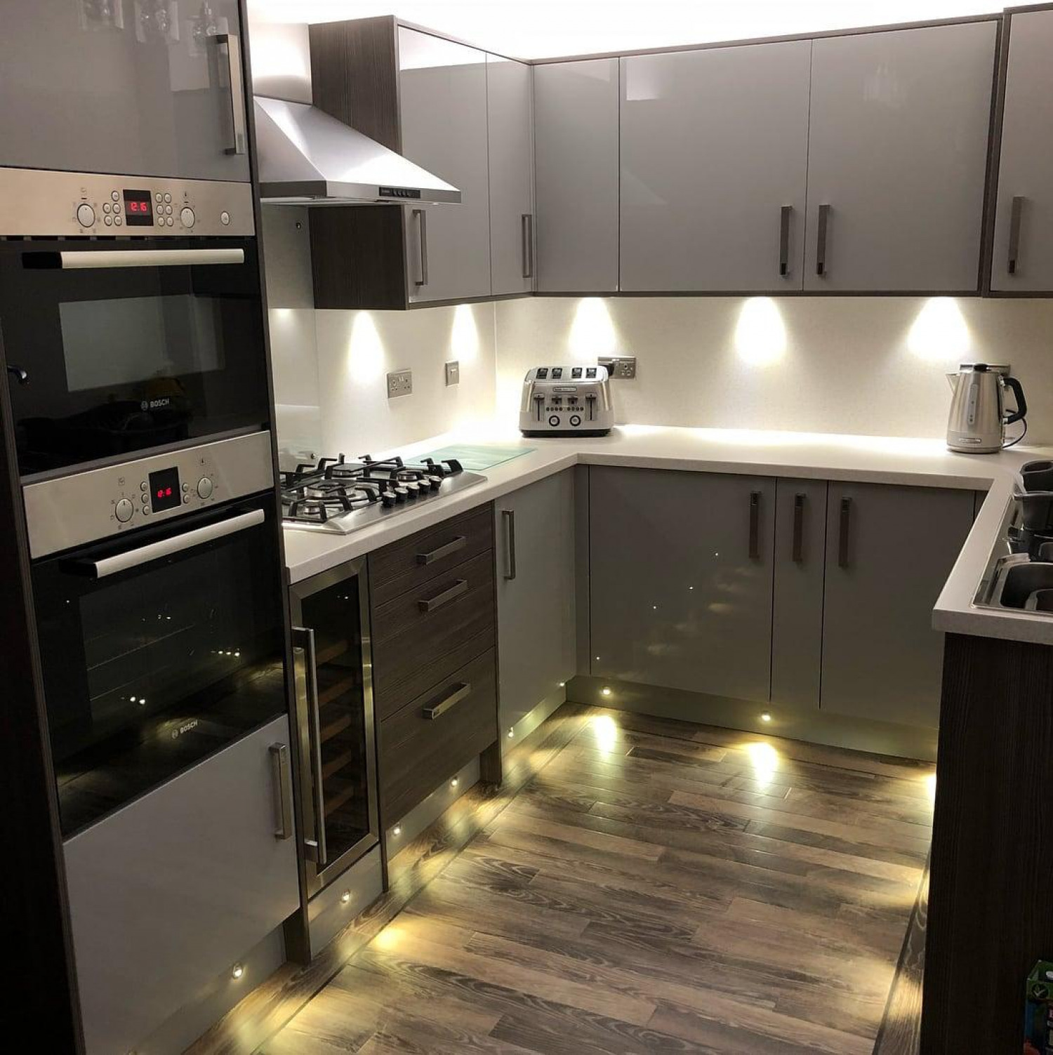 Narrow Kitchens Artificial Light