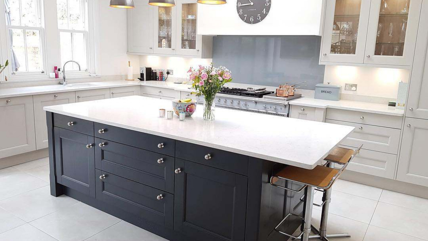 Picture of: Kitchen Island Ideas Inspiration For Your Kitchen Omega Plc